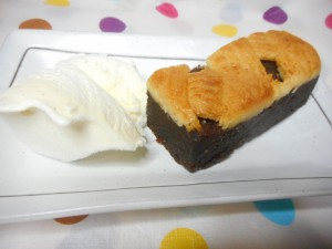 濃厚な大人の味「クラムケーキ」